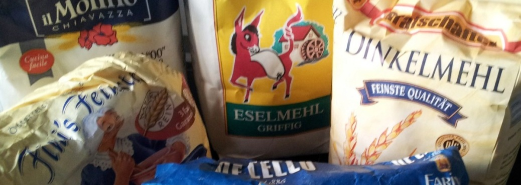 Hefeteig-Mehl-Hoernchen
