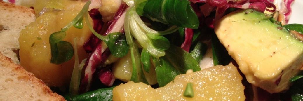 Avocado-Kartoffel-Radicchio-Salat