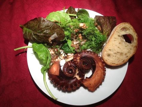 Oktopus-Madagaskar-mit-Asia-Salat-Rezept-EchtesEssen