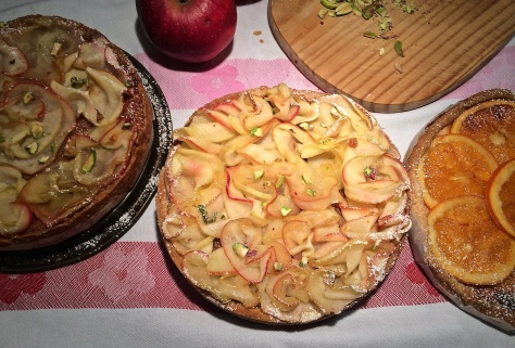 Apfelkuchen-mit-feinen-Apfelscheiben-IMG_6252
