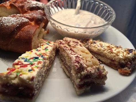 Harlekin-Schnitten-Siebenbuergen-Osterkuchen-Echtes-Essen