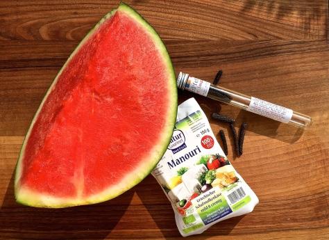 Manouri-Kaese-Wassermelone-gegrillt-langer-Pfeffer
