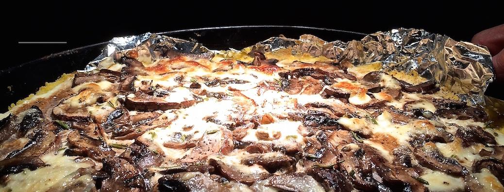 Kraeuter-Polenta-Pilzen-Ricotta-Parmesan