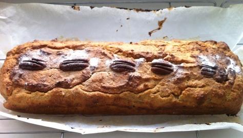 Bananenkuchen-mit-Pekan-Nuessen-IMG_0216