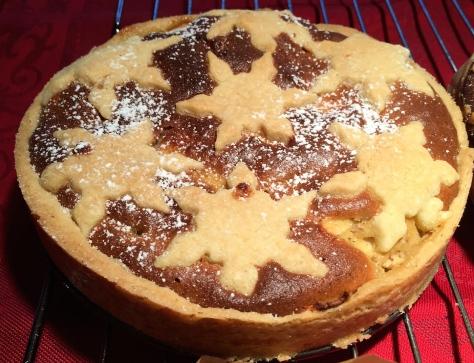 Adventsapfelkuchen-Apfel-aus-Muerbeteig-mit-Marzipan-und-Mandeln-Quittentarte-IMG_3095