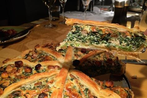 Leckere Blätterteig-Tarte Ricotta Spinat und Nüssen